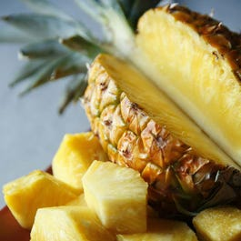 Maui Pineapple Fruit of the Month